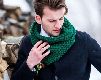 Knitted wool snood men cowl chunky knit scarf st Patrick day men knit snood scarf green snood wool green winter wedding groom accessory