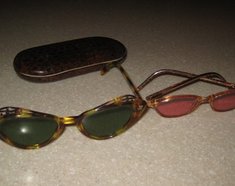 2 Pair Vintage 1950's Cats Eye Sunglasses Ornate Detailing Hand Rubbed Frames!  Free Shipping