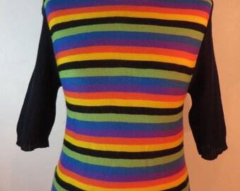Vintage 1960s groovy short-sleeved multicoloured stripey jumper, UK size 6, US 4, EU 34.