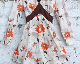 Vintage cream brown orange floral daisy ruflle collar mod go go 60s mini dress M