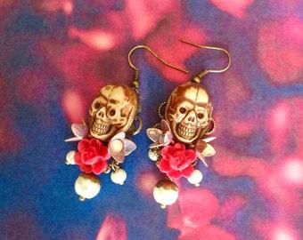 Skull flower bead earrings