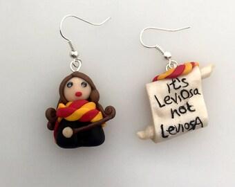 Earrings Hermione Granger, it's leviOsa not LaviosA, miniature earrings, Harry Potter, miniature, and ' LeviOsa no leviosA, gryffindor, Gryffindor