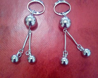 Graphic earrings balls and rings