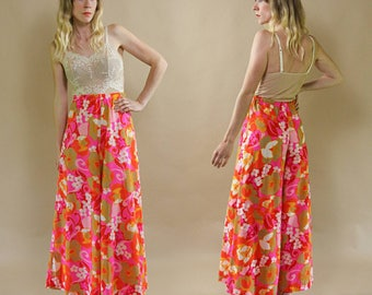 Vintage 1970s Tropical, Hot Pink & White Psychedelic Floral, High Waisted Hippie Palazzo Pants