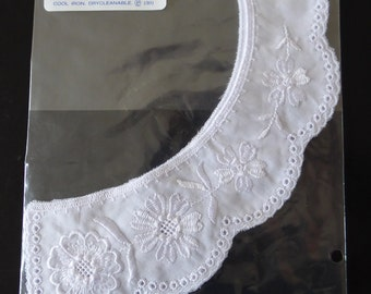 White Cotton Embroidered Two Piece Collar, Floral Embroidery