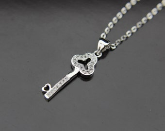Silver Key Charm Necklace, Silver Key Charm, Key Pendant, Romantic gifts, Personalized Necklace, Customized Jewelry