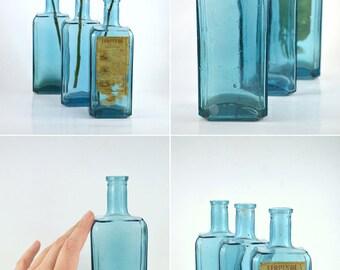 botellas azules vintage instantnea coleccin de jarrones de cristal azul de botellas sistema de