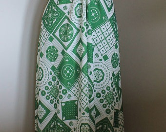 Vintage Green and White Gown - Funky Pattern Polyester Dress - Sleeveless Geometric Pattern Green Dress - Free Shipping within Canada and US