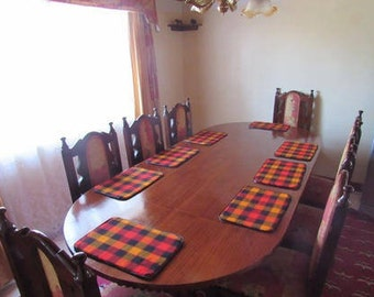 Kenyan Maasai table placemats
