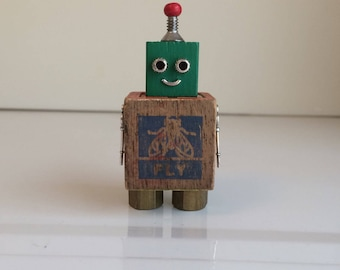 Robot, robot sculpture, assemblage art, robots, assemblage, found object art, found object robot, robot art, robot gift, small robot