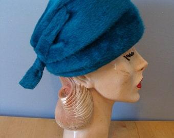 Vintage Hat Peacock Blue 60's Peach Basket Bucket Hat 1960's Designed by Lora Original Vis-a'-vis Made in Austria Fuzzy Chic Fabulous Winter
