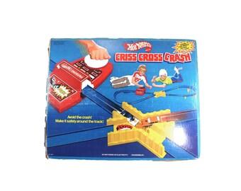 Vintage 1978 Criss Cross Crash set by Hot Wheels - 1970s toys, race cars, playset, original box - [[SEE DESCRIPTION]]