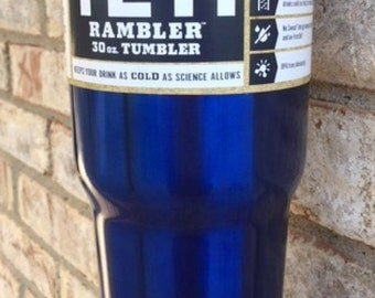 30 oz. YETI Rambler in Chrome Blue