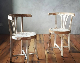 Vintage Wood Farmhouse Chairs,Bentwood Chair,Chipped Paint,Thonet Style,Shabby Chic,White Chairs,Wood Chairs,Dinning Chairs,Rustic Chairs