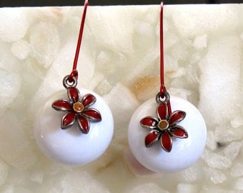Poinsettia Earrings ~ Christmas Flower Earrings ~ Red and White Holiday Earrings ~ Hand Forged Red Earwires