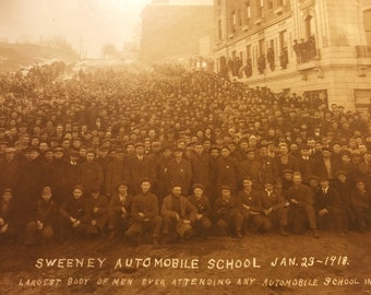 Rare Automobile Mechanics School Photograph - 1918 - Panoramic - Sweeney Automobile School - Riederer - Model T - Antique - Occupational