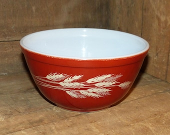 PYREX Autumn Harvest Pyrex Mixing Bowl - Red Orange with Wheat - Small 1.5 Liter  868