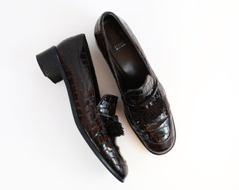Vintage Stuart Weitzman Chocolate Brown Patent Leather Loafers with Tassel Detail size 8.5 US WOMENS