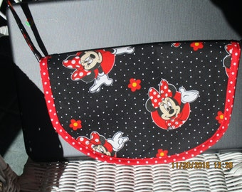 Minnie the Mouse girl's purse