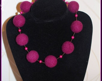 Felted wool Necklace- HANDMADE -Purple  Beads.