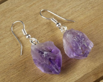4cm Raw AMETHYST Earrings - Rough Gemstone Earrings with Amethyst Crystal Point & Silver Earrings - Crystal Jewelry Handmade Jewelry E0139