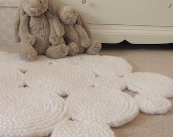 Crochet Rug. White Rug. Nursery Rug. Circle Rug. Round Rug. Ready to ship.