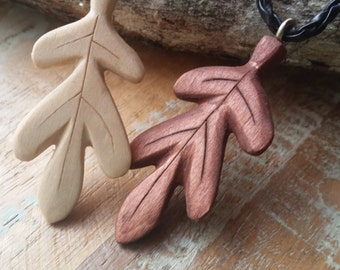 necklace / pendant / jewelry / Hand carved wooden leaf /nature / hiking