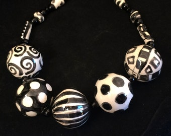 Handmade Black and White Ceramic Beaded Necklace