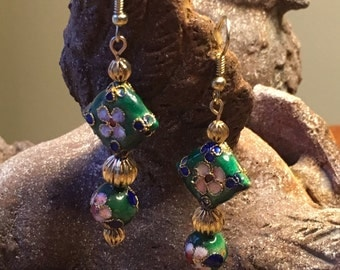 Chinese Cloisonne Style, Garden Lover, Vintage Style, Prom Earring, Mother Jewelry, Exotic Earring, Dainty Earring, Flower Earring, Bridal
