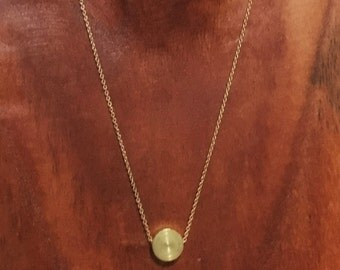 Dainty gold metal circle pendant necklace