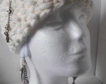 Wool white Earmuff  Boho design headband, Warm and cosy earmuff Ibiza style with silver chain and charms