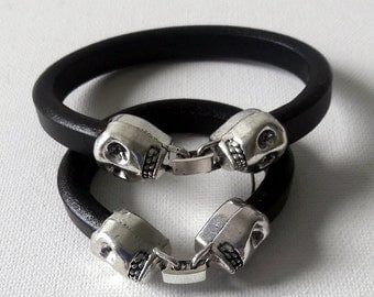 Father and Son Black leather skull closure modern design bracelet set