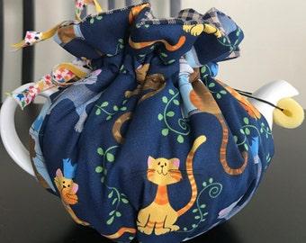 Cat with bird teapot cozy, cat,bird, teapot cozy, gift,Mother's Day
