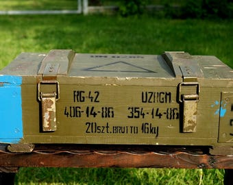 Vintage Wooden Military Box Wood Explosive Box Grenade Ammunition Army Salvage Ammo Chest Loft Wooden Trunk Coffer Table Component Treasury