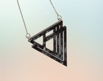 Triangle wood with special surface chain