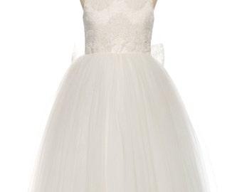 White flower girl dress, baby girl dress, white lace dress, tulle flower girl dress, toddler girl dress, white dress for wedding