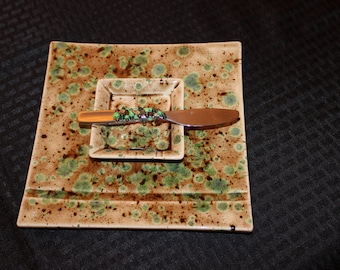 Appetizer Tray/Handmade/beaded matching knife/Stainless/set of 3/Greens & Browns/Great gift idea/Hostess gift/Capp.Mint/Kitchen/any occasion
