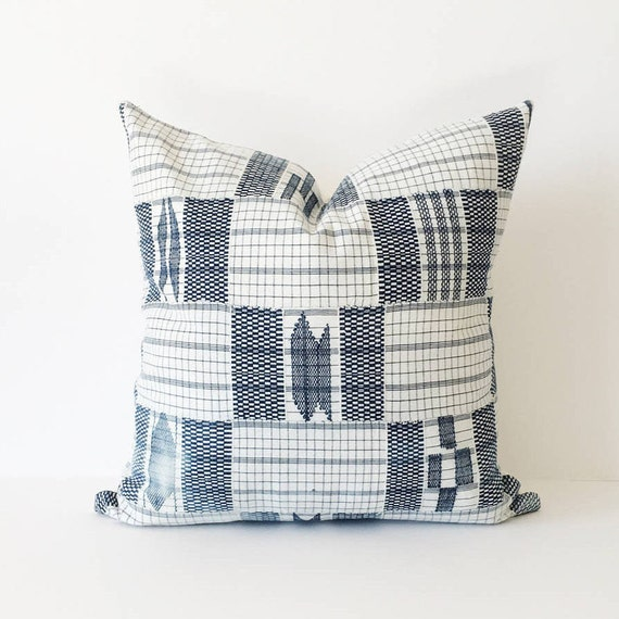 18 x 18 Navy and Ivory Ewe Woven Pillow Cover