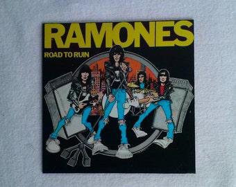 Ramones Magnet