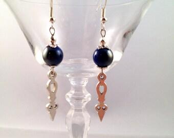 Silver earrings 'Needle blue'