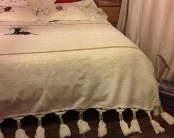 couvre lit ethnique etsy. Black Bedroom Furniture Sets. Home Design Ideas