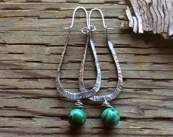 Rustic copper hoops,copper malachite hoops,malachite hoops,malachite earrings,forged copper hoops,oblong hoops,bohemian hoops,boho hoops