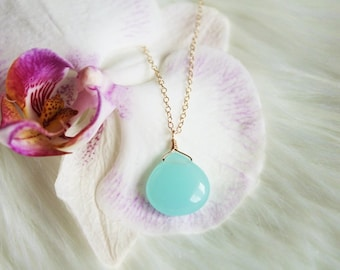 Aqua Aura Quartz Necklace, Quartz Pendant, Gemstone Pendant, Gemstone Necklace, Crystal Quartz Necklaces, Blue Quartz, Blue Crystal Necklace