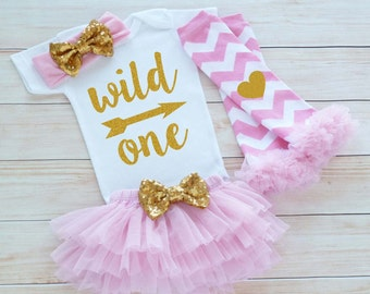 Baby Girl Outfit, First Birthday Girl Bodysuit, 1st Birthday Girl Shirt, Cake Smash Outfit, First Birthday Girl, Girls First Birthday Outfit
