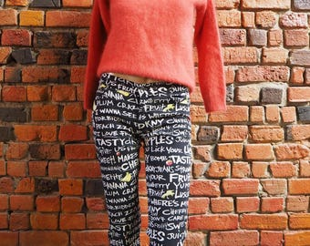 Women's DKNY Black And White Graphic Slogan Writing Print Low Rise Crop Pants Jeans Size 7