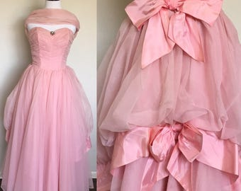 SALE! | Pink Frosting Gown | 1950s Vintage Strapless Pink Chiffon Gown with Double Bow Bustle, Brooch, + Wrap | Size S/M