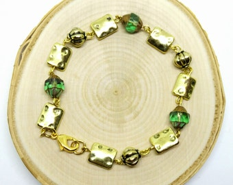 Green and Gold Beaded Link Bracelet