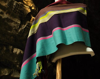 """Magnificent Hand-woven """"Balmilal lum"""" Shawls from Oxchuc - Mexico"""