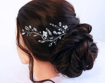 Bridal Hair Vine- Wedding hair vine- Crystal hair vine -Pearl hair vine - Bridal Headpiece -Bohemian bridal headpiece-Hair vine for bride