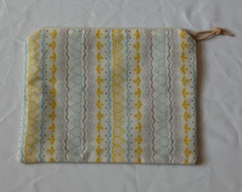 Spring Pattern with Teal Interior Zipper Pouch